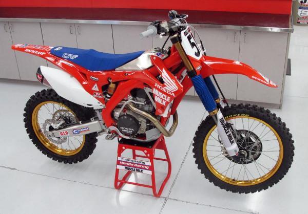 Team Honda Muscle Milk Retro Bikes And Heroes Racer X Online
