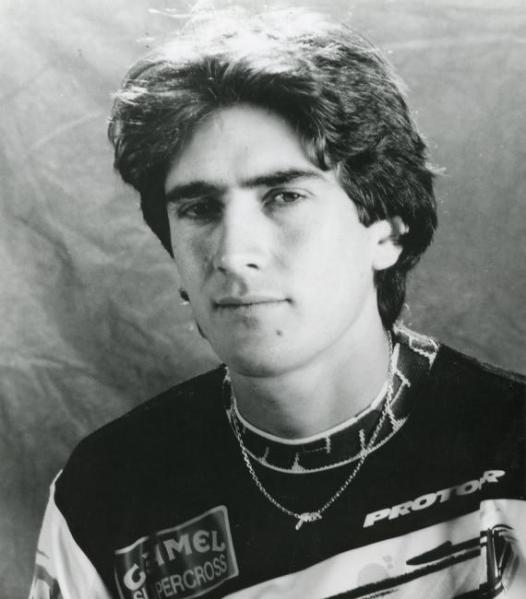 After dominating the sport in 1991, Jean-Michel Bayle began to lose focus on motocross and set his sights on a road racing career.