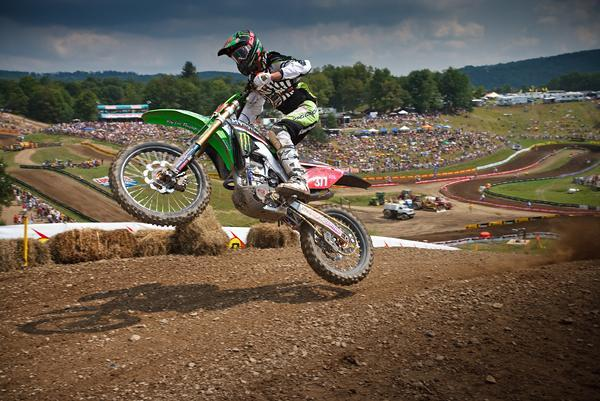 Pourcel and Ryan Dungey battled to the finish for the 250 class crown in 2009.